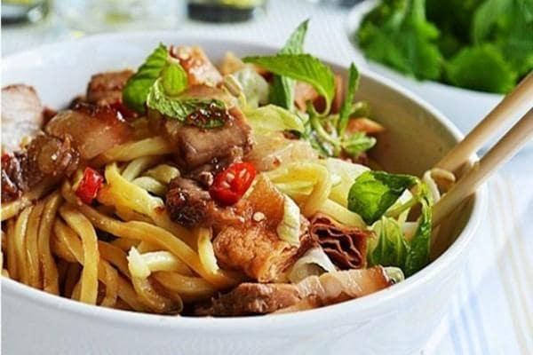 Thẻ ALT: Trải nghiệm ẩm thực du lịch miền Trung