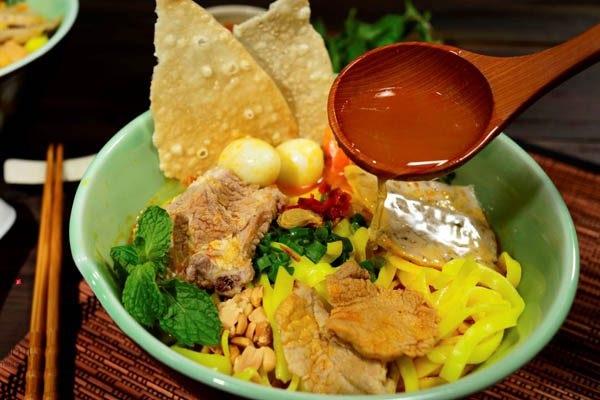 Ăn gì khi đi du lịch miền Trung?