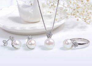 Tặng quà cho Ma Kết nữ lựa chọn bộ trang sức bạc Nice Flower Pear