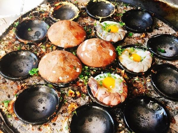 Món bánh căn thơm ngon nhất định phải thử khi đến Nha Trang
